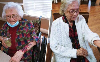 Алкохол и тетоважи: Како жителите на еден дом за стари лица во Тексас го поминаа карантинот?