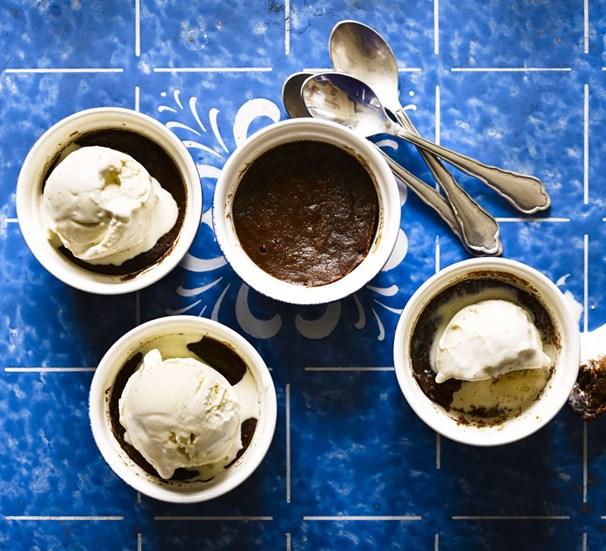 Рецепт за вкусен мока пудинг готов за 6 минути