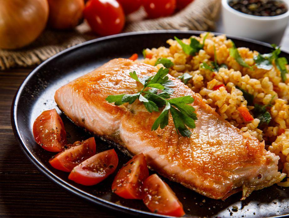 Ручек од 5 состојки: Едноставен трик за совршен лосос