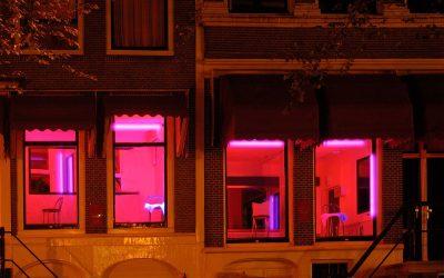 Проституција во време на корона: Што се случи со познатиот Црвен кварт во Амстердам?