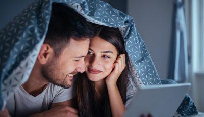 5 романтични филмови кои ја прикажуваат љубовта каква што е навистина