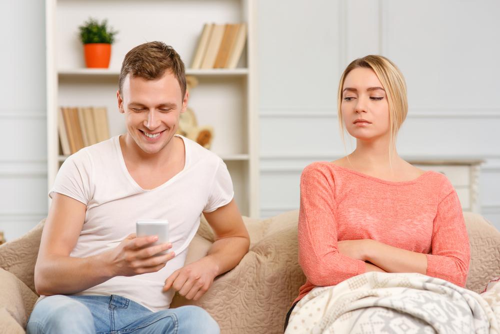 Мажите и жените се љубоморни поради различни причини и постои научно објаснување зошто е тоа така