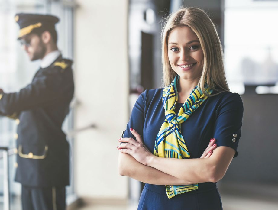 Дали некогаш сте се запрашале што стјуардесите веднаш забележуваат на вас?