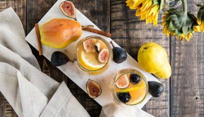 Сангрија со бело вино, смокви и круши