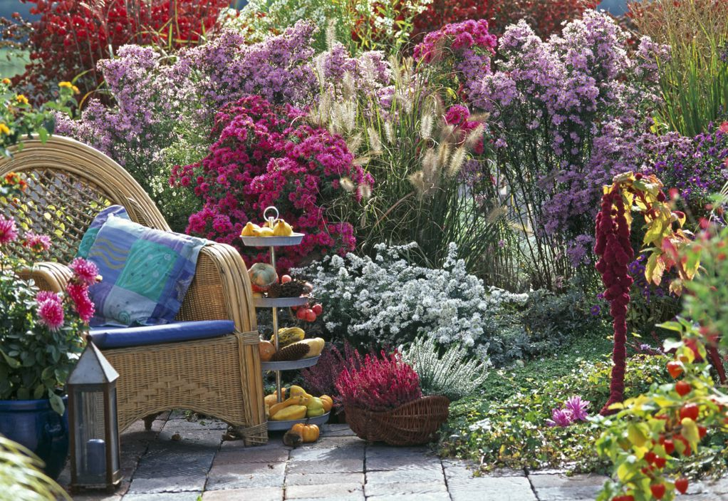 10 магични сцени поради кои ќе сакате да ја поминете есента на тераса или во градината