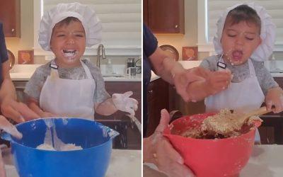 """Вирално видео: Ова детенце кое """"готви"""" со баба му навистина ќе ве насмее до солзи"""
