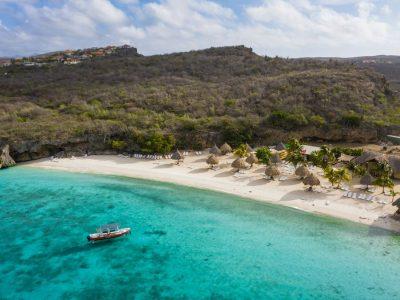 """Рај за љубителите на морското синило: Европски остров на """"погрешен"""" континент"""