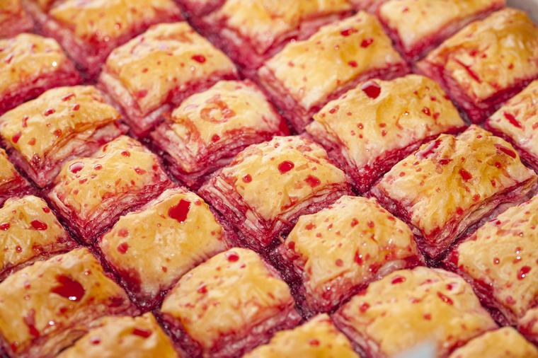 Рецепт за баклава со вишни