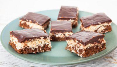 Рецепт за колач со кокос и чоколадна глазура