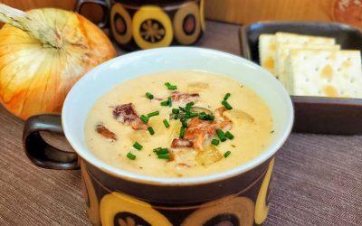 Есен на вашата трпеза: Кремаста супа со сланина и кромид
