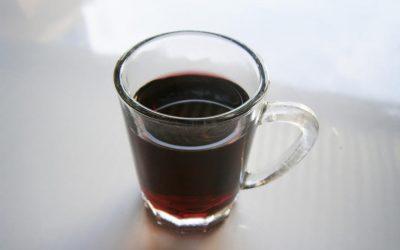 Најмоќниот пијалак: Толку е силен што можете да го пиете само двапати годишно!