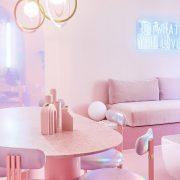 """Овој целосно розов стан во Мадрид е вистинско """"естетско лудило"""""""