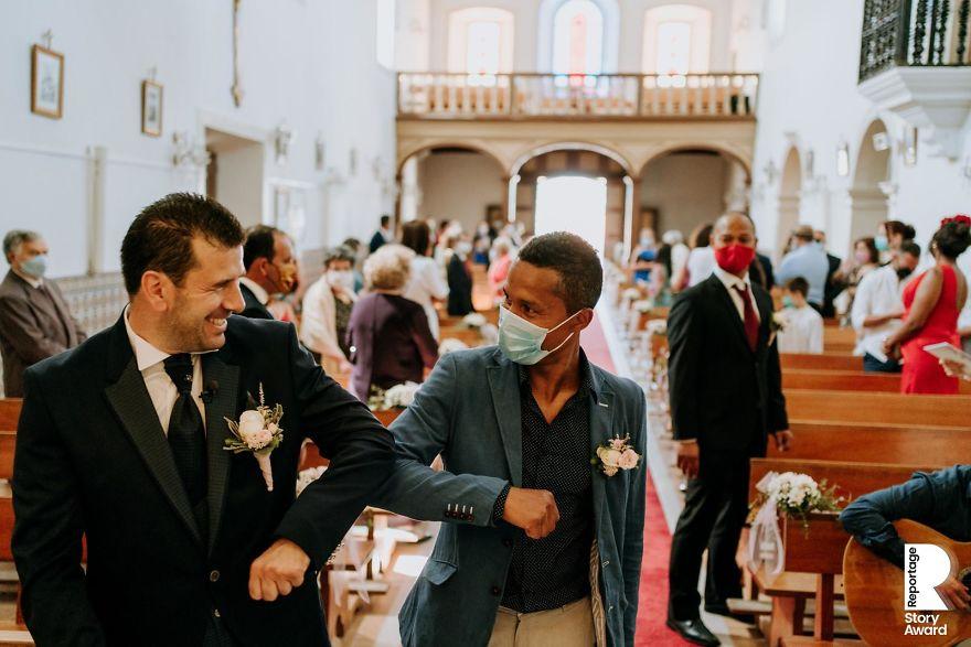 Најдобрите свадбени фотографии направени за време на пандемијата