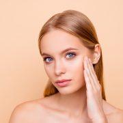 5 производи за нега на кожа кои не треба да се користат за време на студените денови