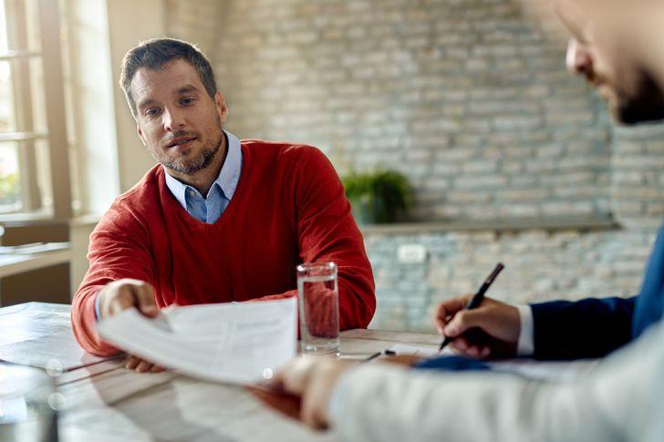 6 начини да одговорите на незгодните прашања што ви ги поставуваат за време на интервјуто за работа
