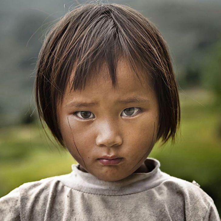 Француски фотограф се вљубил во Виетнам и го нарекол мозаик на контрасти
