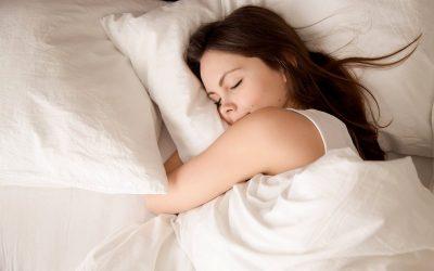 Што точно значи кога некој ве сонува?