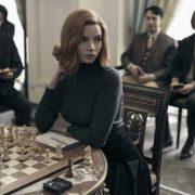 Која е серијата што ги зголеми продажбите на шаховски комплети и онлајн часови по шах?