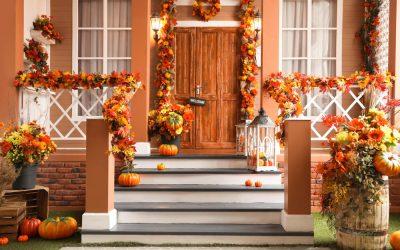 Најубавите декорации на екстериерот: Како да ги искористите лисјата, цвеќињата и есенските плодови?