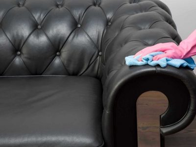 Одличен начин за чистење на сите видови кожен мебел