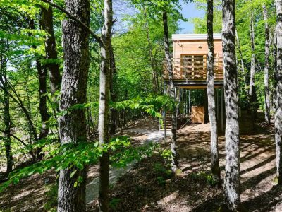 Куќа на висина од 4 метри во која би сакале да се телепортираме и да ја пречекаме пролетта