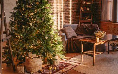 Неколку идеи за украсување на новогодишната елка во ретро стил