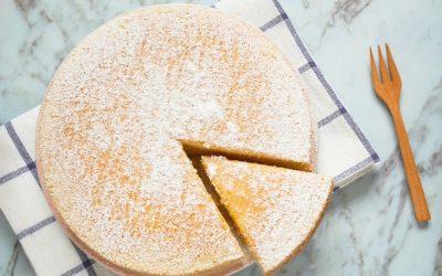 Само 3 состојки: Сочна, мека и лесна торта што ќе стои повеќе од еден ден само ако имате челична волја