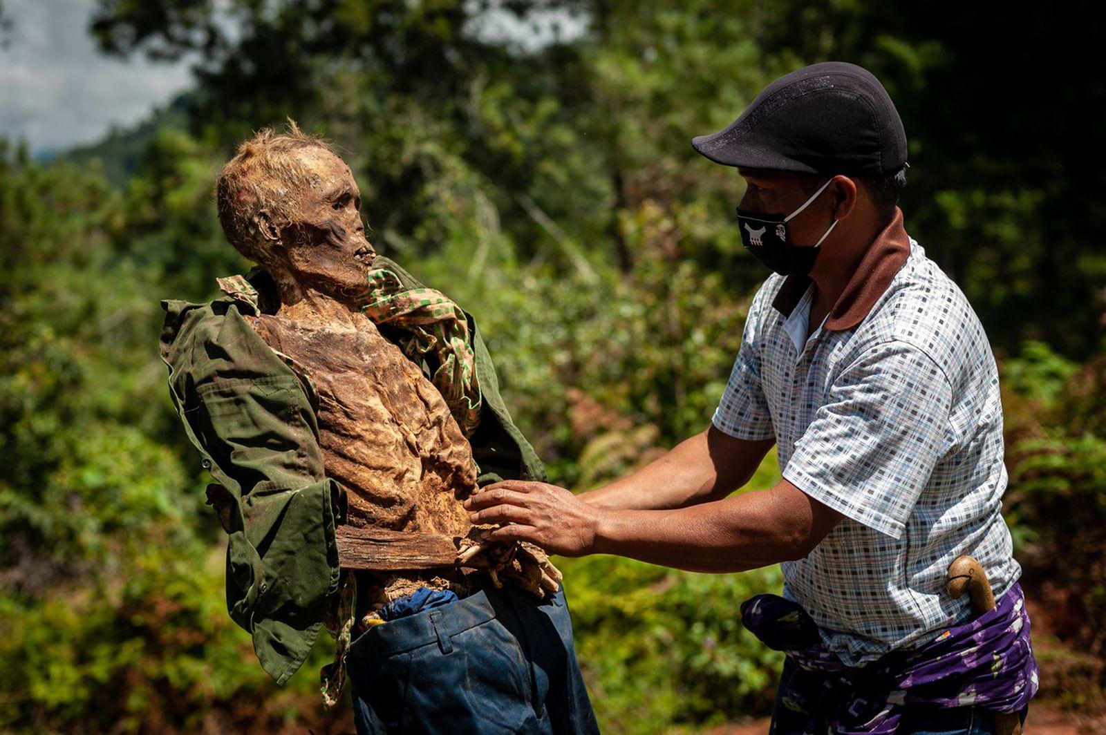 Морничави племенски ритуали за кои не знаевте дека постојат