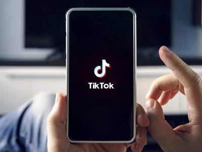 5 профили на ТикТок што едуцираат, поврзуваат и го менуваат светот на подобро