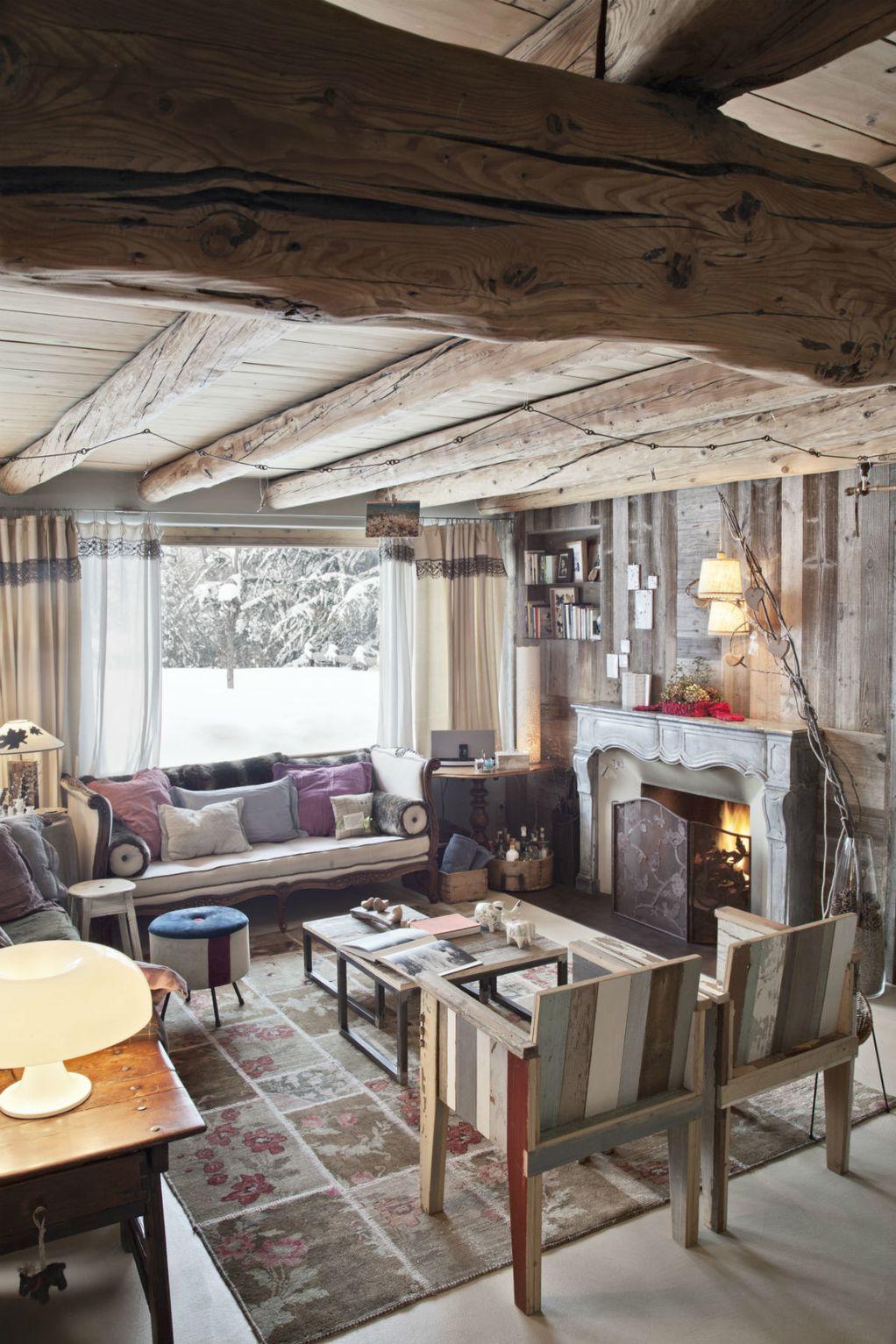 Прекрасна колиба од која би сакале да ги гледаме првите снегулки