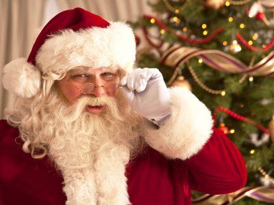 Како да реагирате кога вашето дете ќе ве праша дали постои Дедо Мраз?