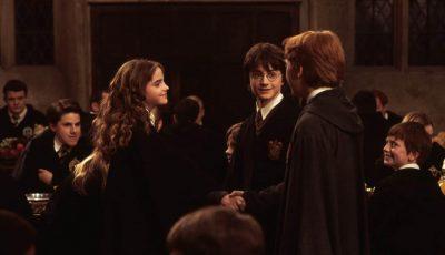 Одлична вест за сите обожаватели на Хари Потер: Приказната за малиот волшебник пристигнува во форма на ТВ серија!