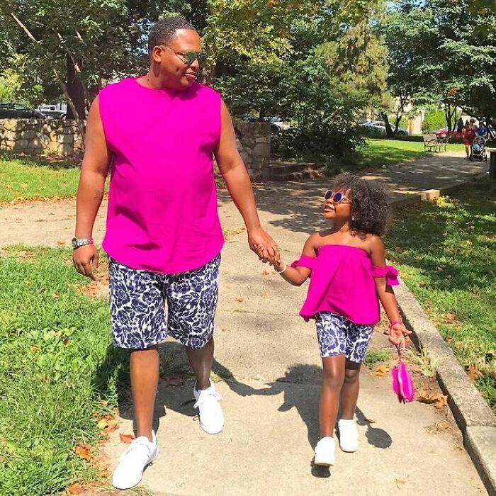 Погледнете како еден татко креира кул облека за неговата 9-годишна ќерка