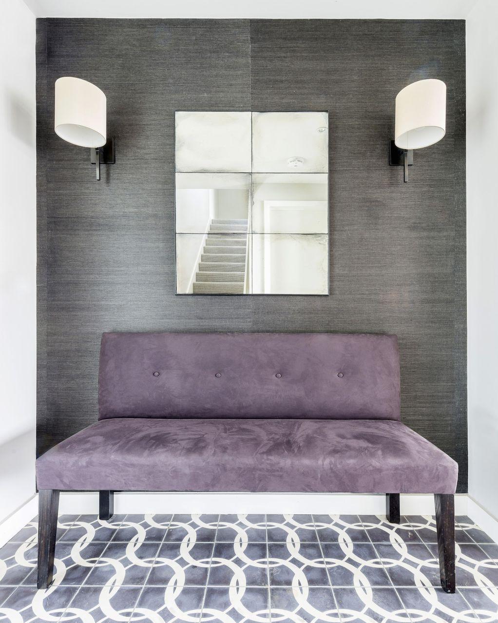 10 фотографии што докажуваат дека виолетовата и сивата боја се совршен спој во уредувањето на домот