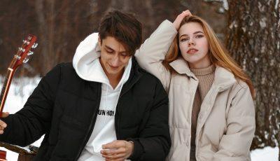 Докажани начини што ќе ѝ помогнат на вашата врска да се движи во вистинската насока