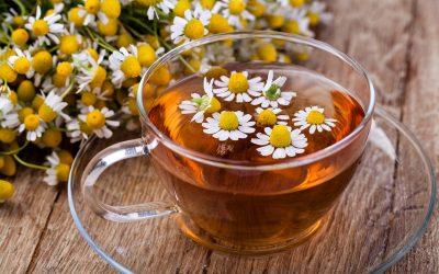 Кои се несаканите ефекти од чајот од камилица?