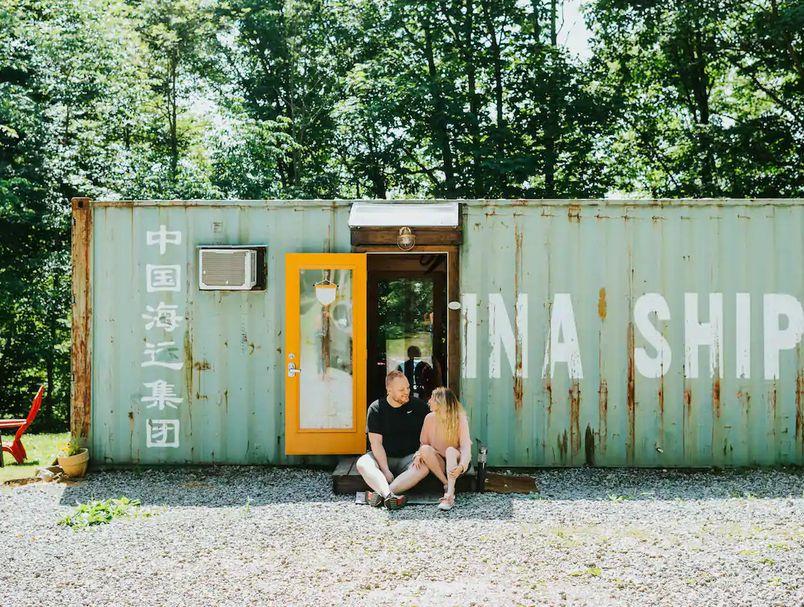 Одлично место за одмор: Мини куќа во бродски контејнер