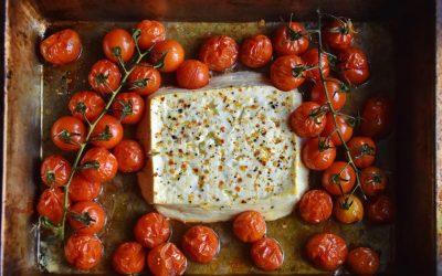 Овој рецепт стана хит на Интернет: Направете тестенини со фета и уживајте во неверојатниот вкус!