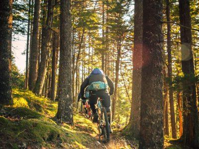 Со поглед кон морето: 5 најдобри места за возење велосипед во Европа