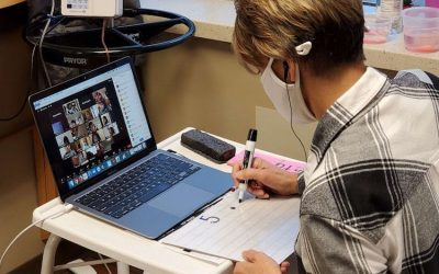 Вистинска инспирација: Наставничка виртуелно ги едуцира своите ученици за време на хемотерапија