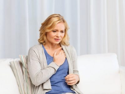 7 вида болка во градите што не треба да ги игнорирате