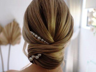 Француска пунџа за елегантни дами: Се прави за 5 минути, одговара на секоја должина и форма на коса