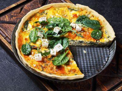 Рецепт за вкусна пита со сирење и спанаќ