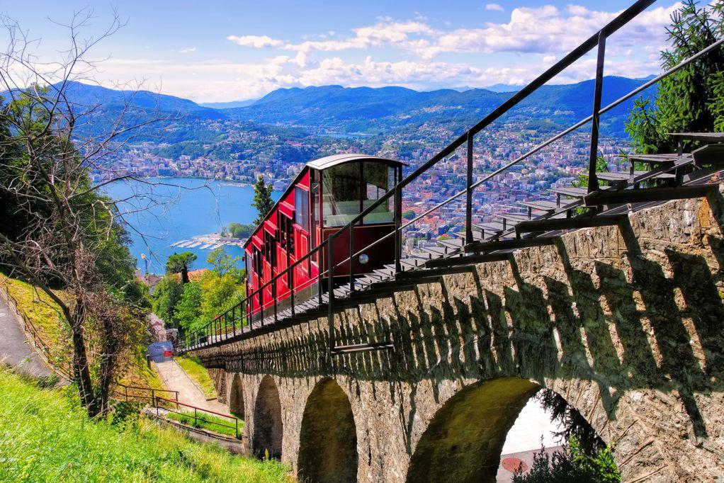 300 денари за мало пиво, а 150 за леб: 7 работи што не сте ги знаеле за европскиот Рио де Жанеиро