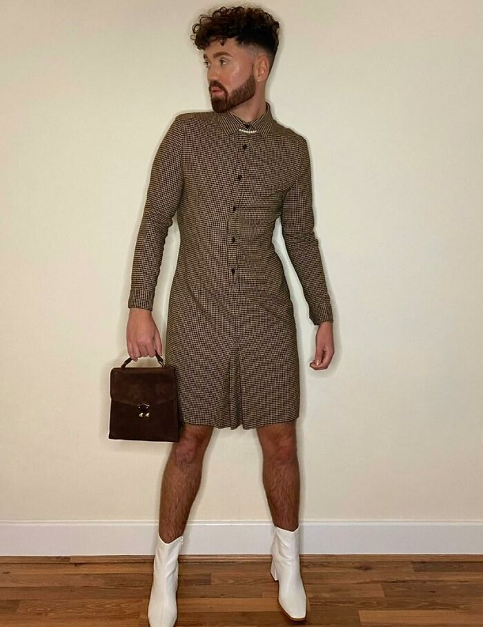Овој маж докажува дека облеката нема пол, носејќи здолништа и фустани