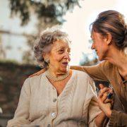 5 знаци што покажуваат дека имате токсичен однос со родителите и како да се справите со тоа