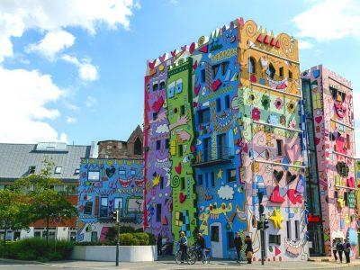 """Германците ја имаат својата најсреќна зграда и препорачуваат: """"На светот му требаат повеќе бои""""!"""