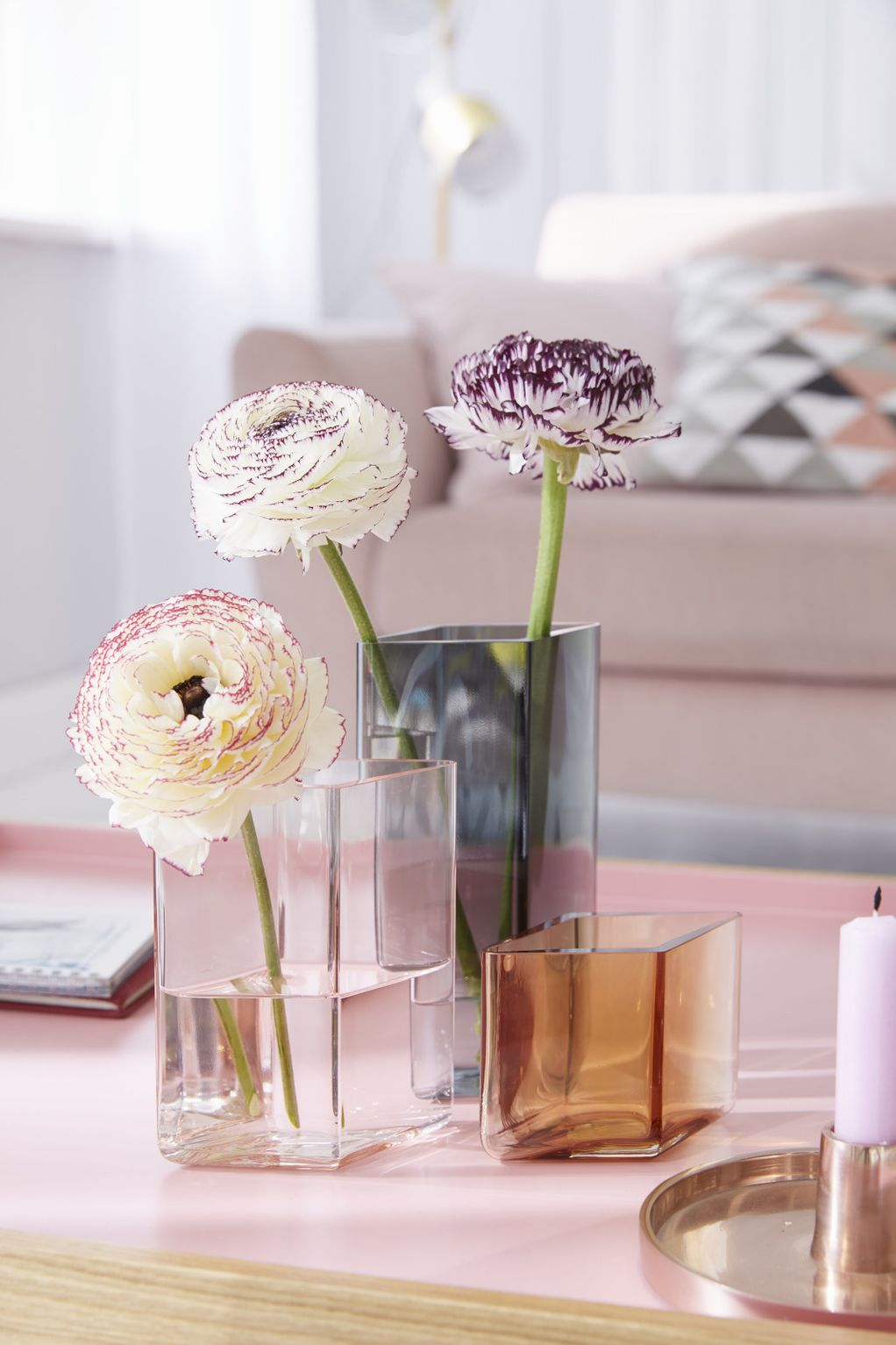 Ранункулус – цвеќе што во вазната ќе остане свежо со денови