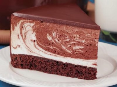 """Торта """"птичјо млеко"""": Најкремастиот десерт во светот"""