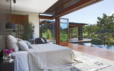 Од собата директно во базенот: 8 места на кои ќе посакате да го поминете вашиот одмор